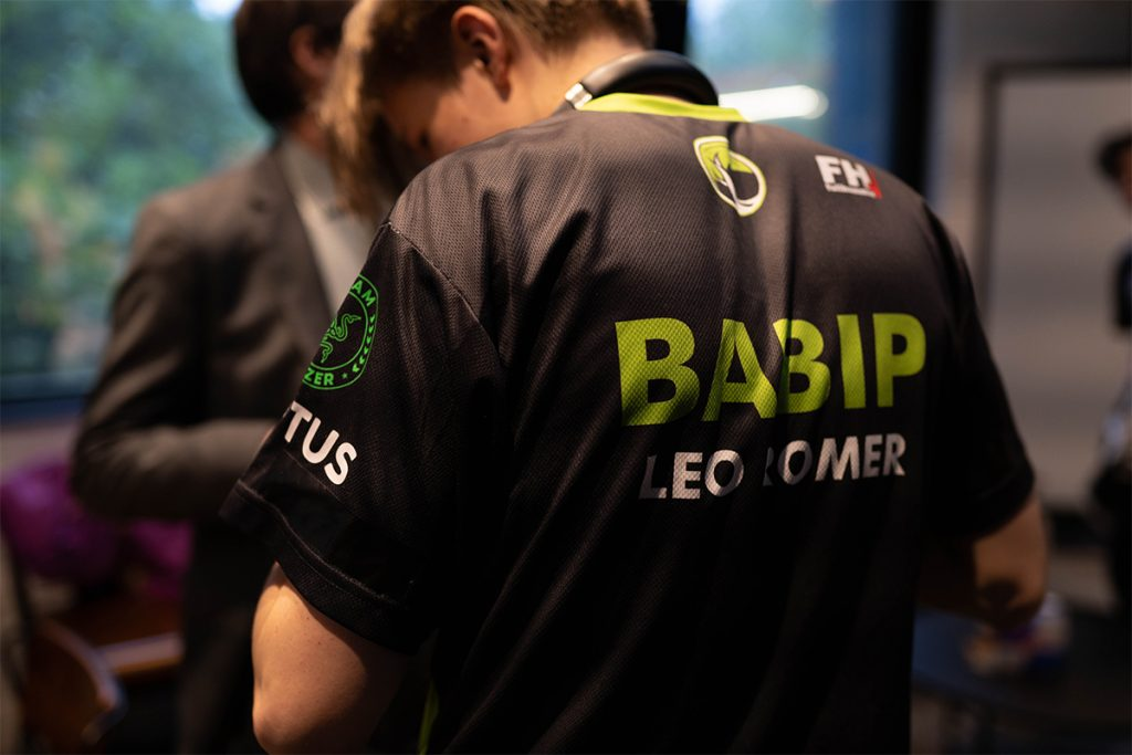 Babip playing for Legacy Esports.